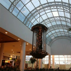 Photo taken at Shopping Crystal by Katia K. on 12/10/2012