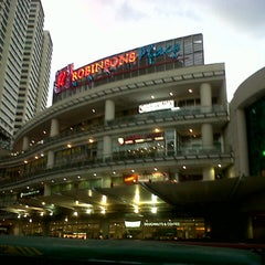 Photo taken at Robinsons Place Manila by Jonathan S. on 10/20/2012