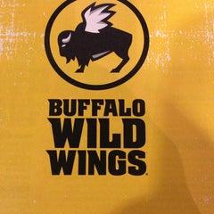 Photo taken at Buffalo Wild Wings by Reggie J. on 2/18/2013