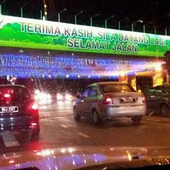 Photo taken at pintu gerbang bandar melaka by Hamzai C. on 10/21/2012
