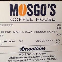 Photo taken at Mosgo's by Tuekwe G. on 1/3/2014