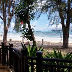 Photo taken at คลองพร้าว รีสอร์ต (Klong Prao Resort Koh Chang) by Alex S. on 5/29/2015