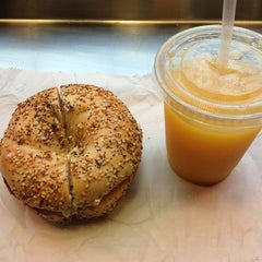 Photo taken at Bagelsmith Bedford by Manolo on 12/8/2012