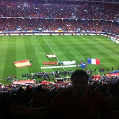 Photo taken at Estadio Vicente Calderón by Raven L. on 10/16/2012