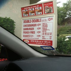 Photo taken at In-N-Out Burger by Rhea W. on 10/18/2012
