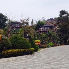 Photo taken at เดิน ดิน ดู ดาว (Derndindudao) by Non on 1/18/2014