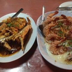 Photo taken at Deepsea Seafood Restaurant by Leena T. on 12/2/2012