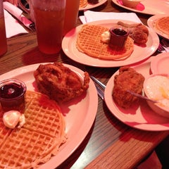 Photo taken at Roscoe's House of Chicken and Waffles by Roland. M. on 4/26/2013
