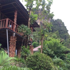 Photo taken at Railay Phutawan Resort by Александр Б. on 11/26/2013