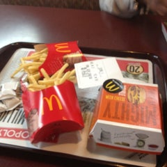 Photo taken at McDonald's by Shy P. on 10/8/2012
