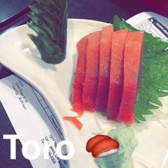 Photo taken at Sushi Masu by Justin K. on 7/24/2014