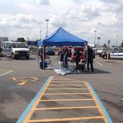 Photo taken at Walmart Supercenter by Lebanon D. on 8/9/2014