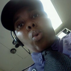 Photo taken at Taco Bell by KD W. on 10/2/2012