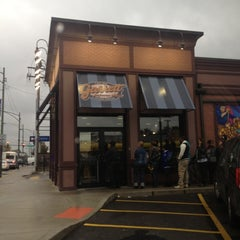 Photo taken at Garrett Popcorn Shops by Lando S. on 10/13/2012