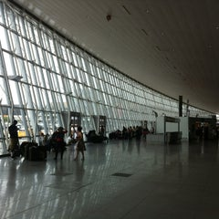Photo taken at John F. Kennedy International Airport (JFK) by Vladyslav B. on 8/10/2013