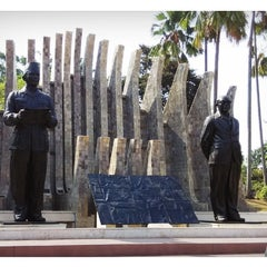 Photo taken at Tugu Proklamasi (Proclamation Monument) by Robertus C. on 10/9/2014