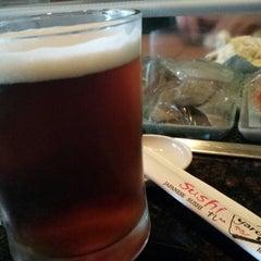 Photo taken at Sushi Yaro by Rhandy F. on 10/20/2014