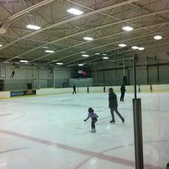 Photo taken at Ed Sackfield Arena & Fitness Studio by Tulpan 2. on 11/7/2013