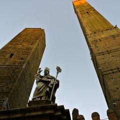 Photo taken at Torre Degli Asinelli by maru j. on 12/29/2012