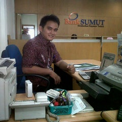 Photo taken at BANK SUMUT PERBAUNGAN by Agun W. on 10/5/2012