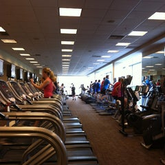 Foto tirada no(a) Equinox Sports Club por Gabrielle E. em 5/1/2013