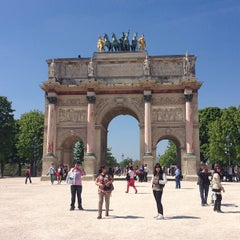 Photo taken at Arc de Triomphe du Carrousel by Scott B. on 4/24/2013