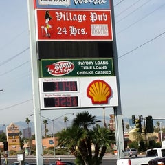 Photo taken at Oasis Hand Car Wash by Gary R. on 11/7/2013