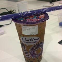 Photo taken at Chatime by Hou F. on 10/4/2014