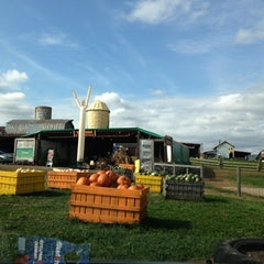 Photo taken at Crumland Farms by Gretchen E. on 10/27/2012