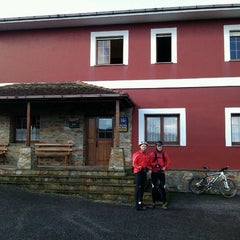 Photo taken at Hotel Rural Suquin by Roberto A. on 12/1/2012
