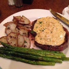 Photo taken at Boudreaux's Louisiana Kitchen by YouKnow W. on 3/21/2014