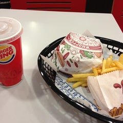 Photo taken at Burger King by Kaz on 11/26/2012