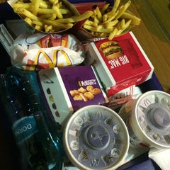Photo taken at McDonald's by Alle A. on 3/22/2015