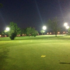 Photo taken at Flushing Meadows Pitch & Putt by Darren M. on 7/9/2013