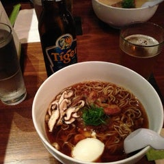 Photo taken at Boom Noodle by Hitoshi K. on 7/23/2013