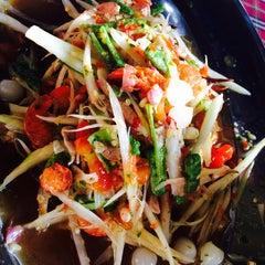 Photo taken at สวนอาหารซุ้มไผ่ (Sum Phai Restaurant) by MiMi Ore M. on 5/1/2015