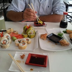 Photo taken at Niu Sushi by Ximena S. on 5/8/2013