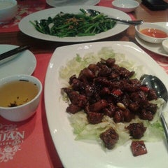 Photo taken at Jun Njan Restaurant by Kika K. on 5/4/2013