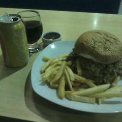 Photo taken at Prime Burger by Júnior G. on 5/14/2013