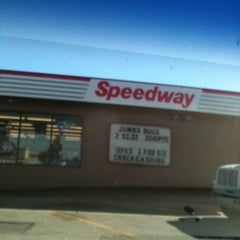 Photo taken at Speedway by Leora S. on 10/29/2012
