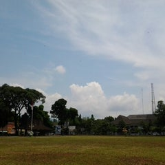 Photo taken at Alun - Alun Banjarnegara by Nurmans A. on 2/7/2013