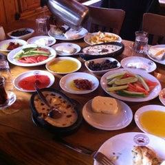 Photo taken at Başdeğirmen Konaklama Ve Alabalık Tesisleri by Ihsan K. on 12/9/2012