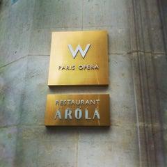 Photo taken at W Paris – Opéra by Scander B. on 3/24/2013