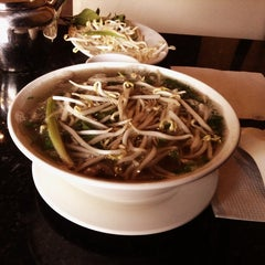 Photo taken at Pho 88 Vietnamese Cuisine by Andrew Y. on 5/21/2013