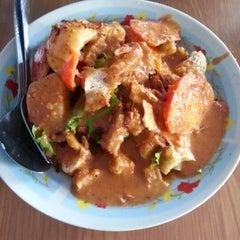 Photo taken at Kuliner Persiba by tj u. on 11/29/2012