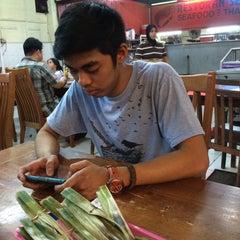 Photo taken at Restaurant Sayam by Nzra I. on 5/29/2015