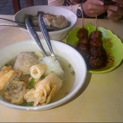 Photo taken at Bakso President by Iin H. on 6/17/2013