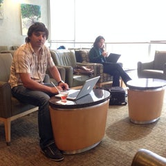 Photo taken at American Airlines Admirals Club by Андрей А. on 11/15/2013