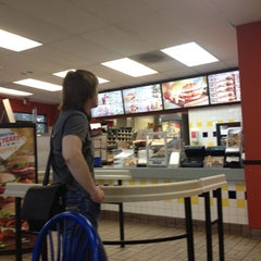 Photo taken at Burger King® by Олег П. on 11/13/2012