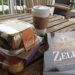 Photo taken at Starbucks by Peter O. on 10/26/2012